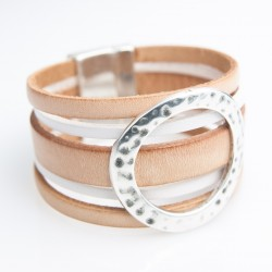Bracelet manchette cuir naturel anneau martelé