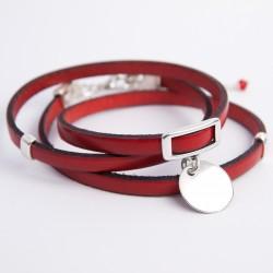 Bracelet cuir triple tour couleur rouge médaille