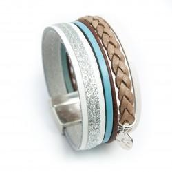 Manchette cuir glitter sur cuir blanc et tresse couleur naturelle lanière bleue claire