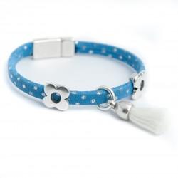 Bracelet enfant daim bleu points argentés pompon blanc