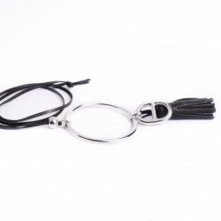 Sautoir cuir noir anneau large pompon cuir et maille marine