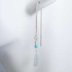 Boucles d'oreille argent massif pendante plume et perle bleue