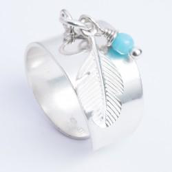 Bague pampille argent massif plume et perle verre bleu clair