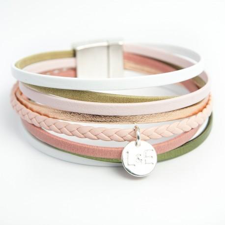 Manchette cuir multi lanières fines dans les tons rose/blanc