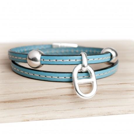 Bracelet cuir double tour couturé petite maille bleu ciel